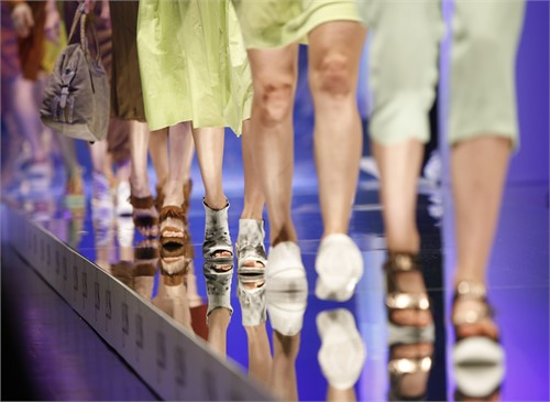 Die Global Destination For Shoes and Accessoires., Laufsteg, Catwalk, Schuhe,